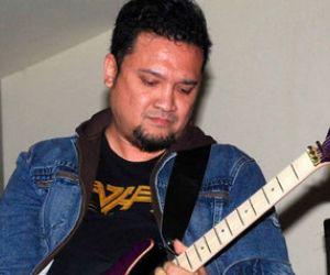 Eks Gitaris Gigi, Aria Baron Kritis karena Covid 19