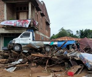 Banjir Bandang Terjang NTT, 84 Meninggal dan 71 Hilang