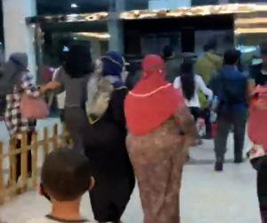 Pengunjung Blitar Town Square Berhamburan Menyelamatkan Diri