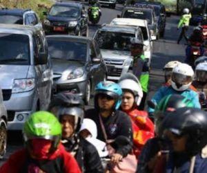 411 Personil Siap Halau Pemudik di Surabaya