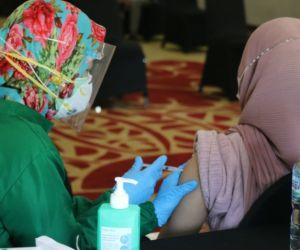 TNI Distribusikan Vaksin bagi 310 Warga Kota Batu
