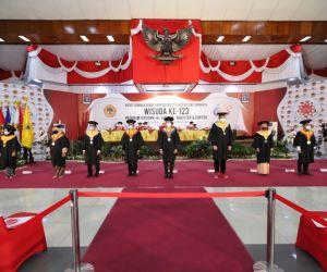 Wisuda Ke-123, Untag Surabaya Bekali Wisudawan dengan Ketrampilan Mumpuni