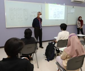 Untag Surabaya Lakukan Simulasi Kuliah Hybrid