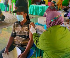 Desa Katerungan Gelar Vaksinasi 500 Dosis