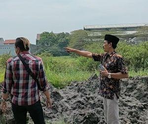 Manfaatkan Tanah Buangan Galian Jalur Rel Ganda, Desa kemangsen Bagun BUMDes