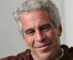 BEJAT! Epstein Perkosa Wanita Depan Anaknya