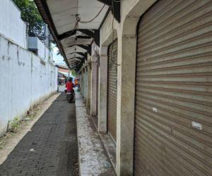 Aset Pemkab Ponorogo Terlantar di Jalan Hos Cokroaminoto