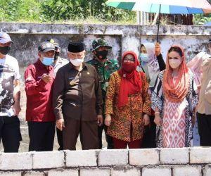 Bupati Malang Dampingi DPR RI Krisdayanti, Tinjau Lokasi Terdampak Gempa di Malang
