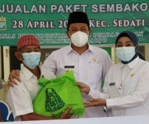 Jelang Lebaran, Wakil Bupati Buka Pasar Murah di Kecamatan Sedati