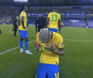 Brasil Tak Berhasil, Neymar Menangis