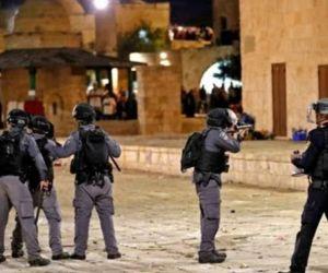 Polisi Israel Bubarkan Shalat Traweh di Al Aqsa, 53 Warga Palestina Luka Parah