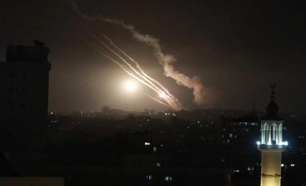 Hamas Serang Balik Israel